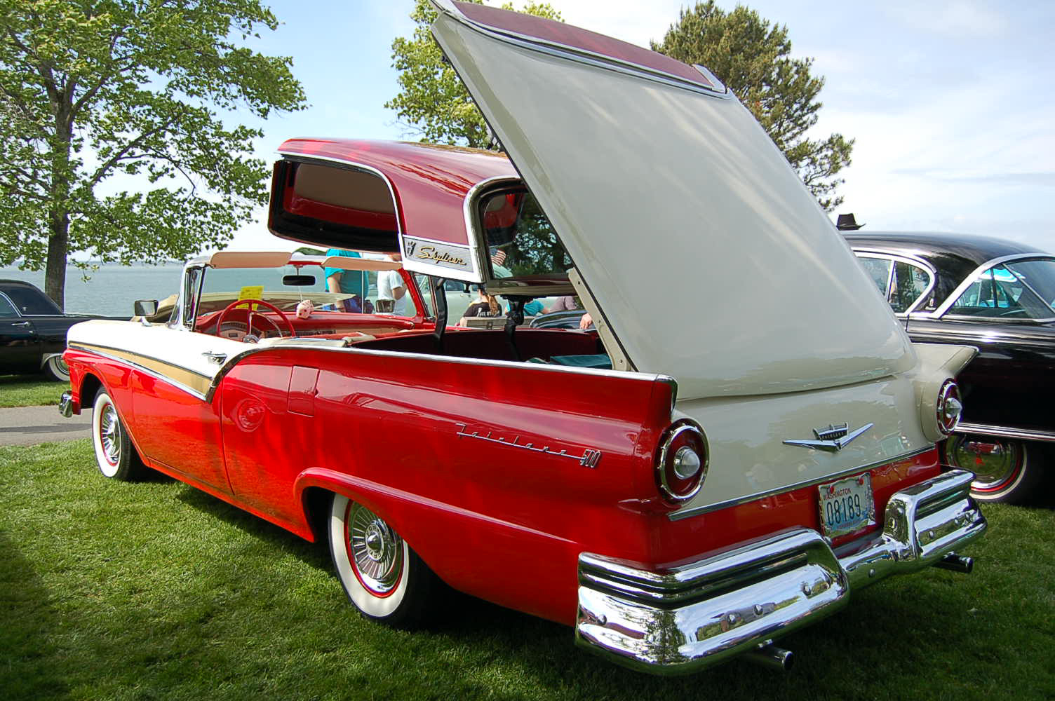 1957 Ford Fairlane Retractable Hardtop Photos and Specs from MadChrome