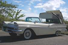 Vintage 1958 Ford Fairlane 500 Skylinerin Stock Colonial White (M0755)